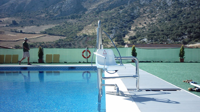 solteva elevaciÓn swimming pool chairlift